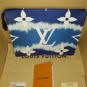 Louis Vuitton toiletry 26 NEW! Collection!